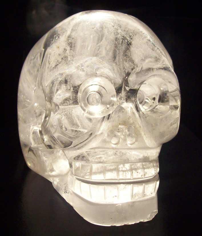 парижский хрустальный череп
