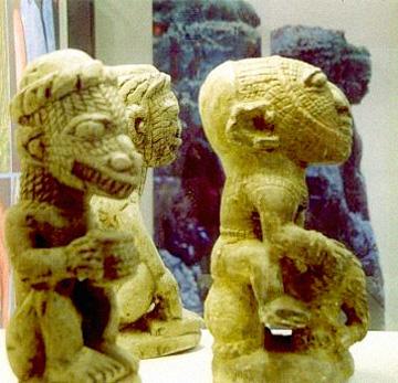 nomoli statues 2