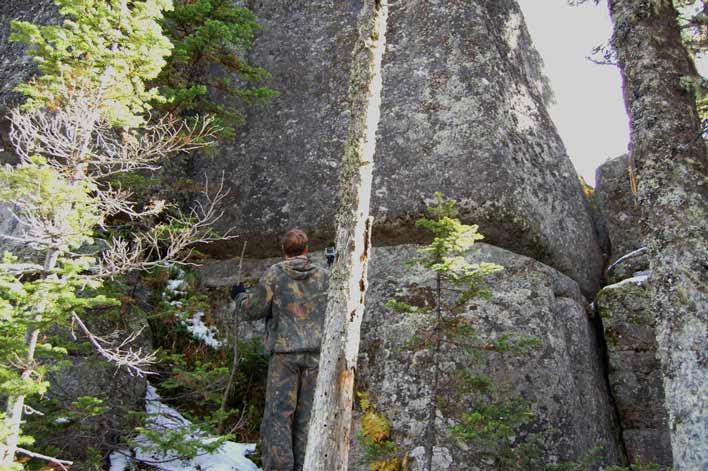 стены из камня в горной шории