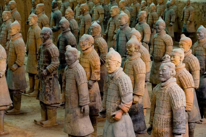 терракотовая армия из камня