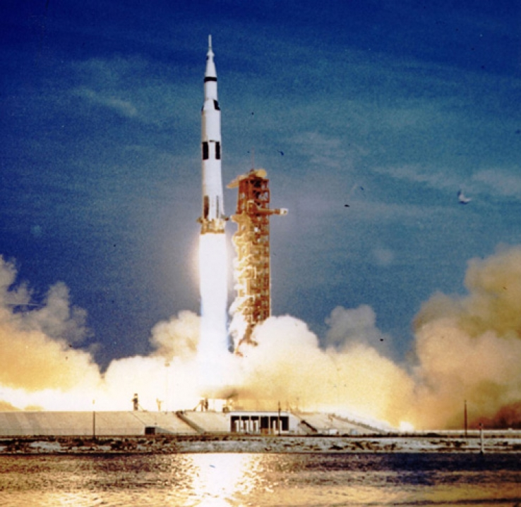 Тайны лунных миссий «Аполлон»