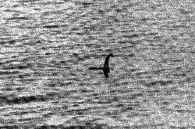 Лохнесское чудовище. Фото Роберта Уилсона. 1934 год