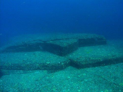 Черепаха - одно из подводных сооружений