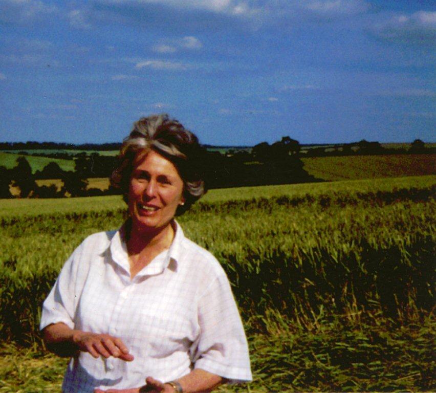 Исследовательнца кругов на полях Люси Прингл