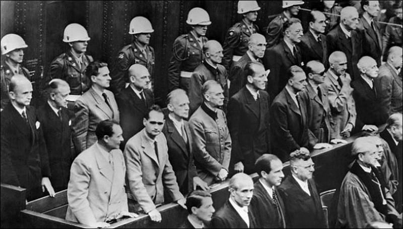 Оглашение приговора на Нюрнбергском процессе