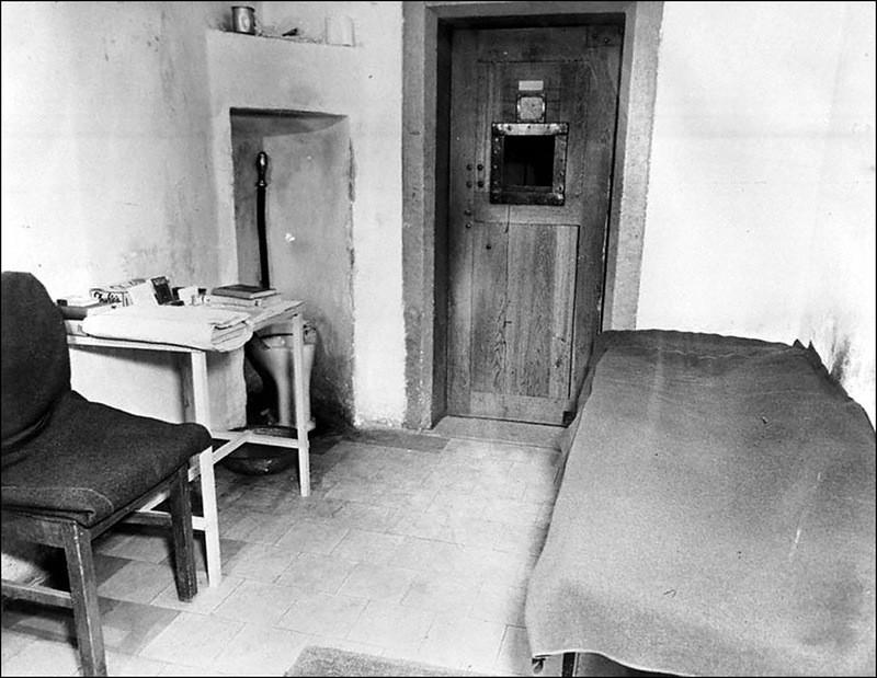 Одиночная камера, в которой содержался Геринг