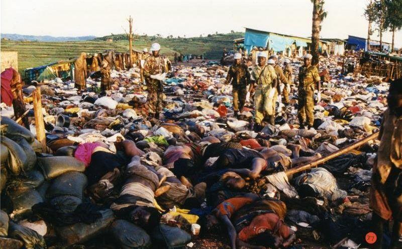 Массовые убийства в Руанде