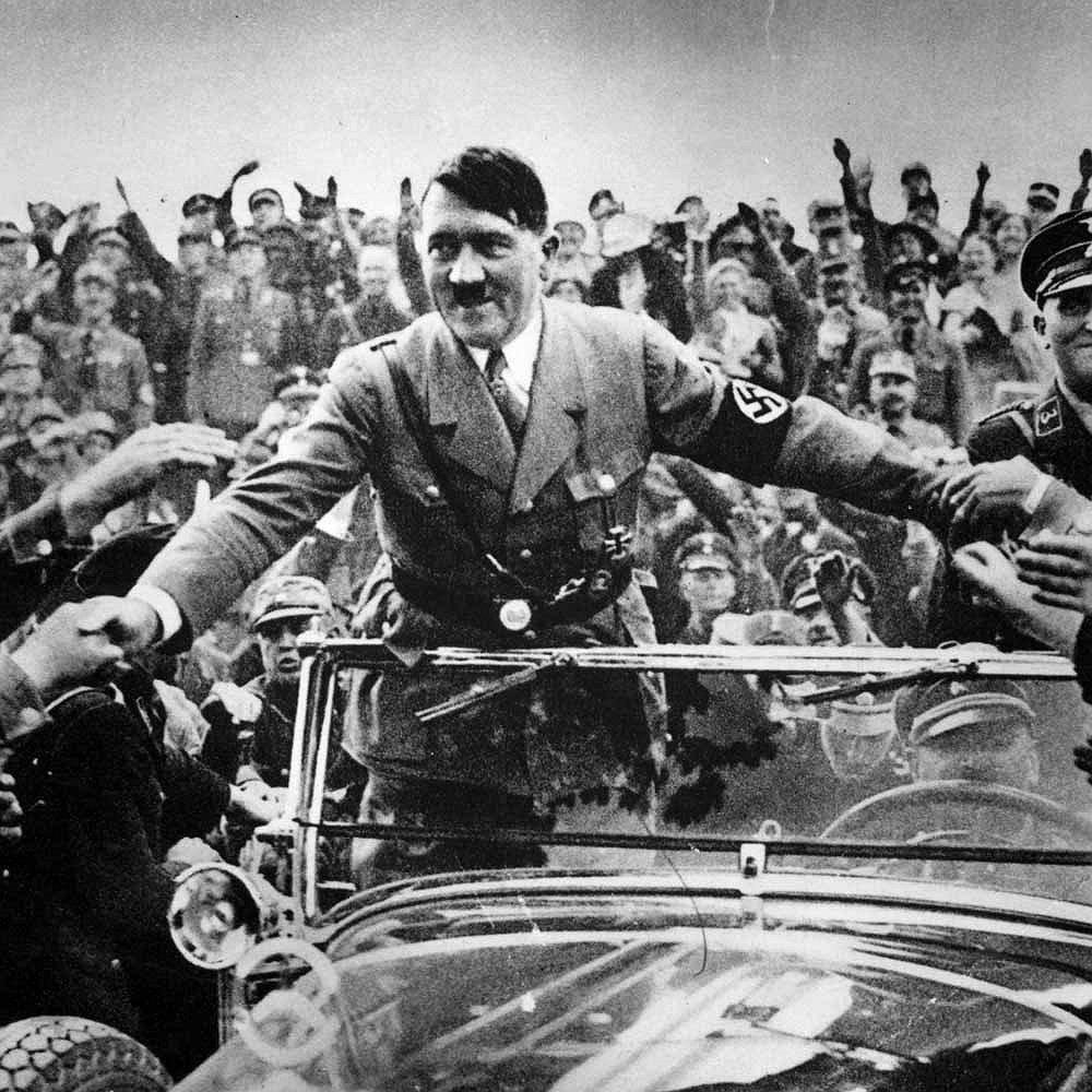 А. Гитлер в начале карьеры. Январь 1933 г.