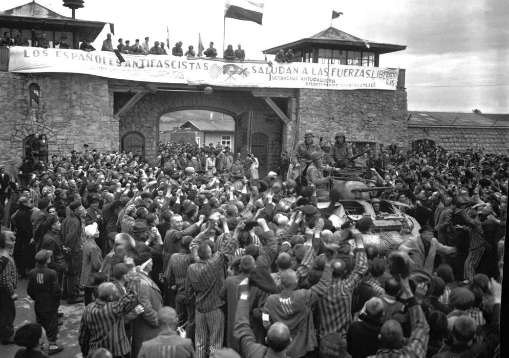 Когда Гитлер пришел к власти. Концлагеря для евреев и политических оппонентов.