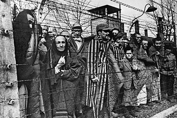 Евреи в концлагере Аушвиц