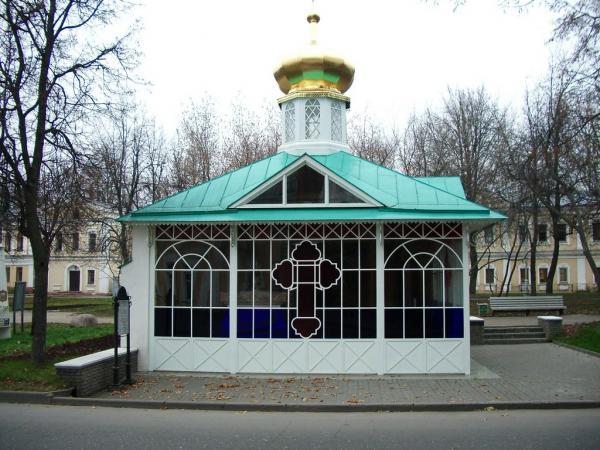 Могила Серафима Саровского
