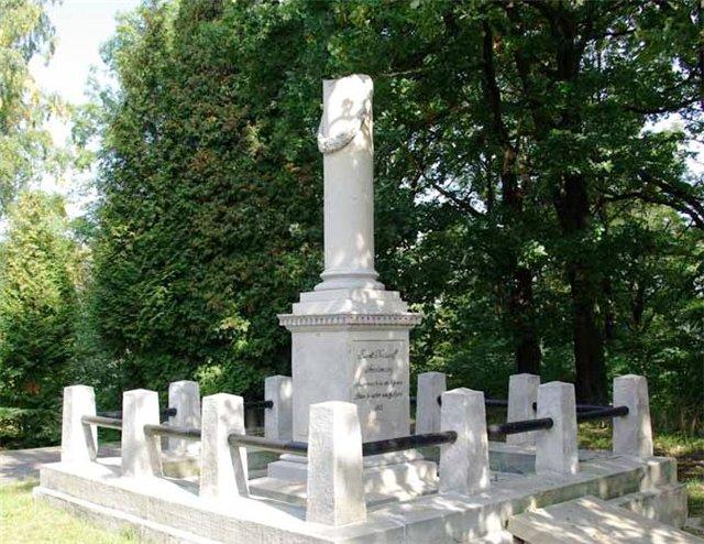 Могила Кутузова в Польше