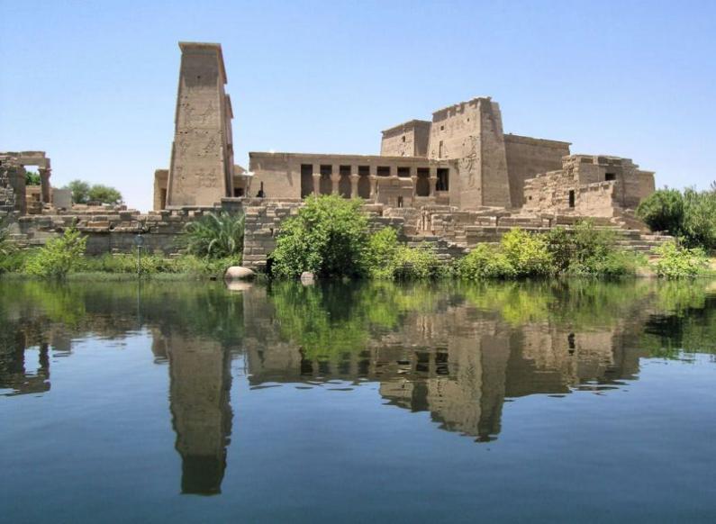 Перенесенный храм с осторва Филе