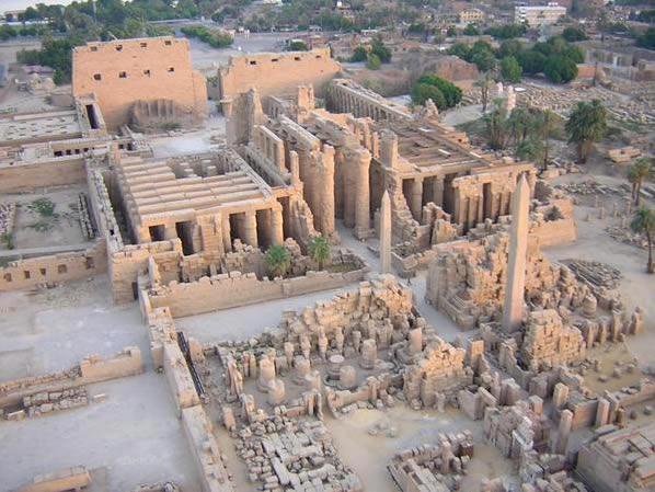 Храмовый комплекс в Карнаке. Вид сверху