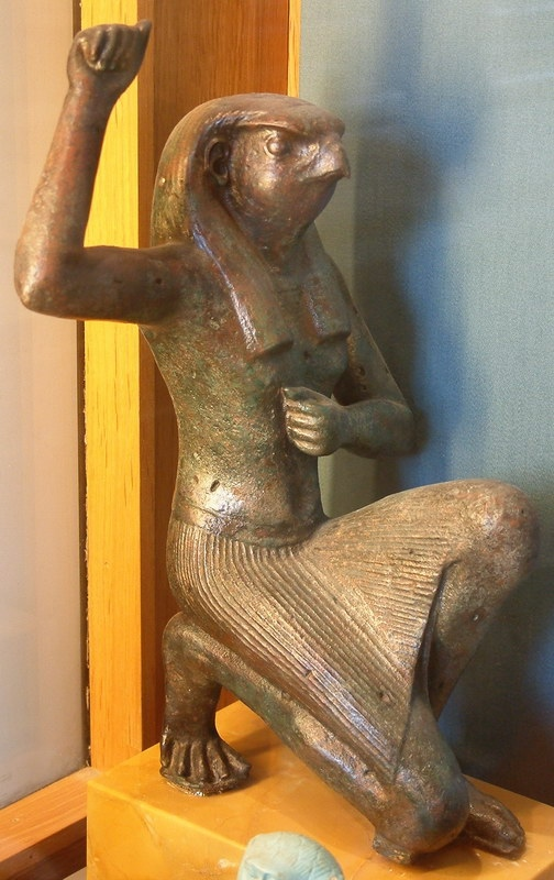 Бог Гор. Статуя, Лувр