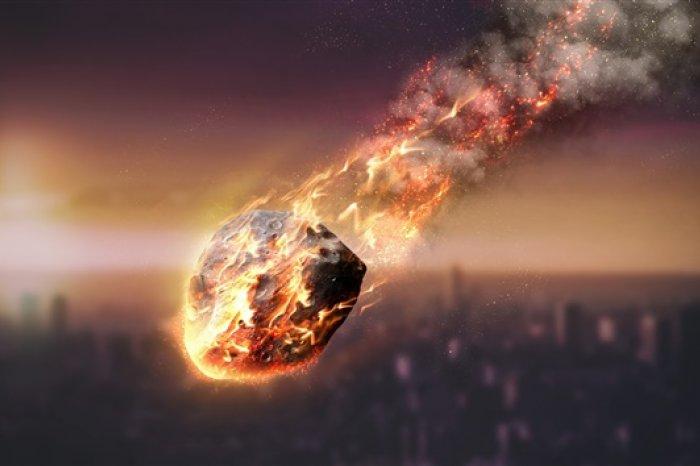 Упавший метеорит в Екатеринбурге: не выдумка, но и не признан