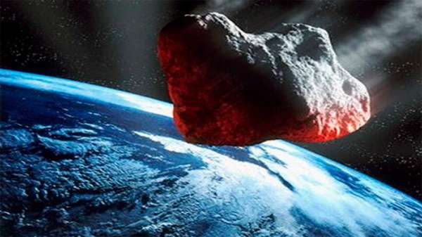 Метеорит 12 октября наделал паники на Земле и улетел дальше