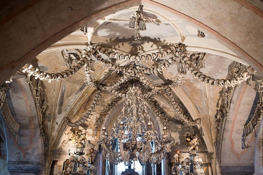 Храм из человеческих костей